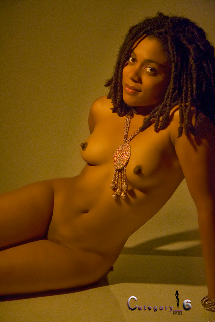 nude ebony girl with dreads