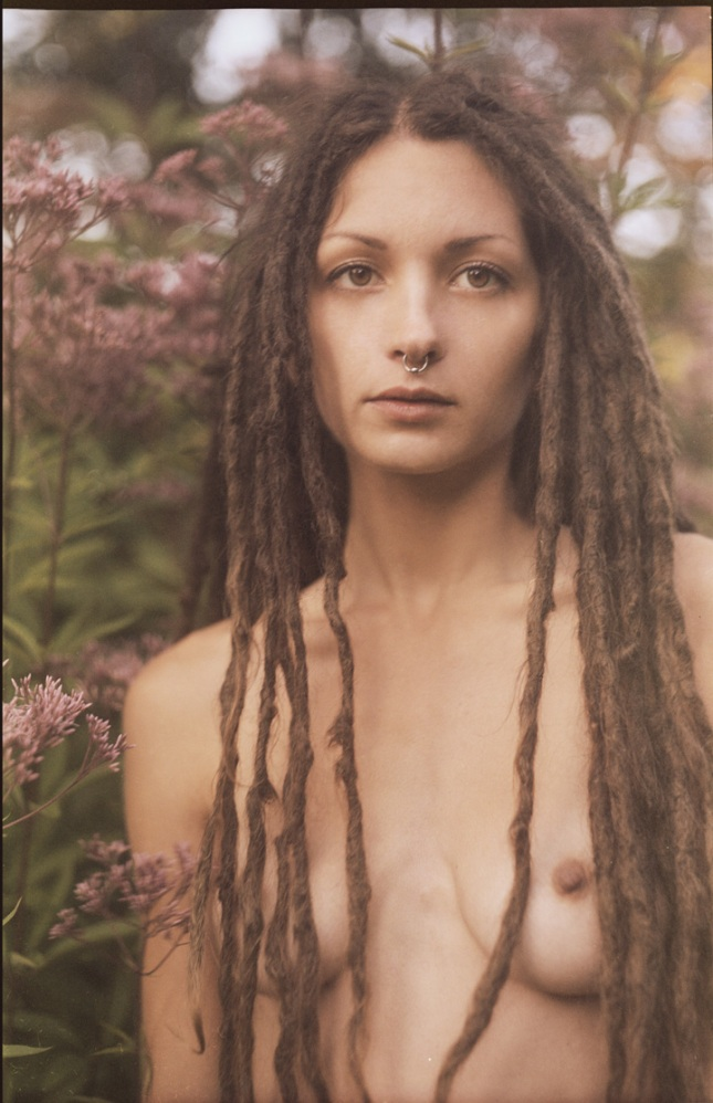topless-with-dreads-hardcore-amateur-hermaphrodite